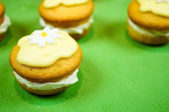 Lemon Flower Cakes