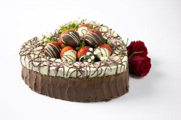 Chocolate Strawberries Heart Cake