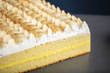 Lemon & Meringue Sheet Cake